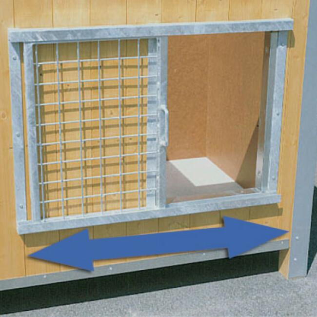 Porte coulissante grillagée pour niche en bois